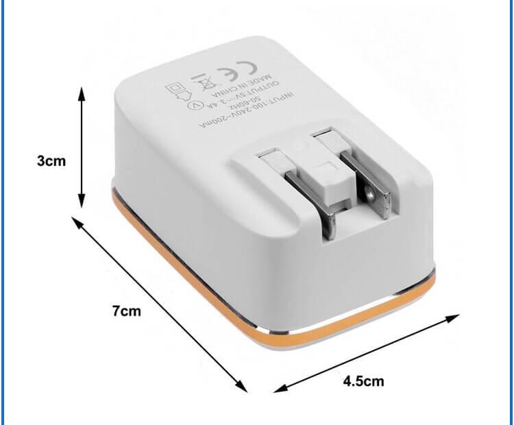 3連充電器のサイズ