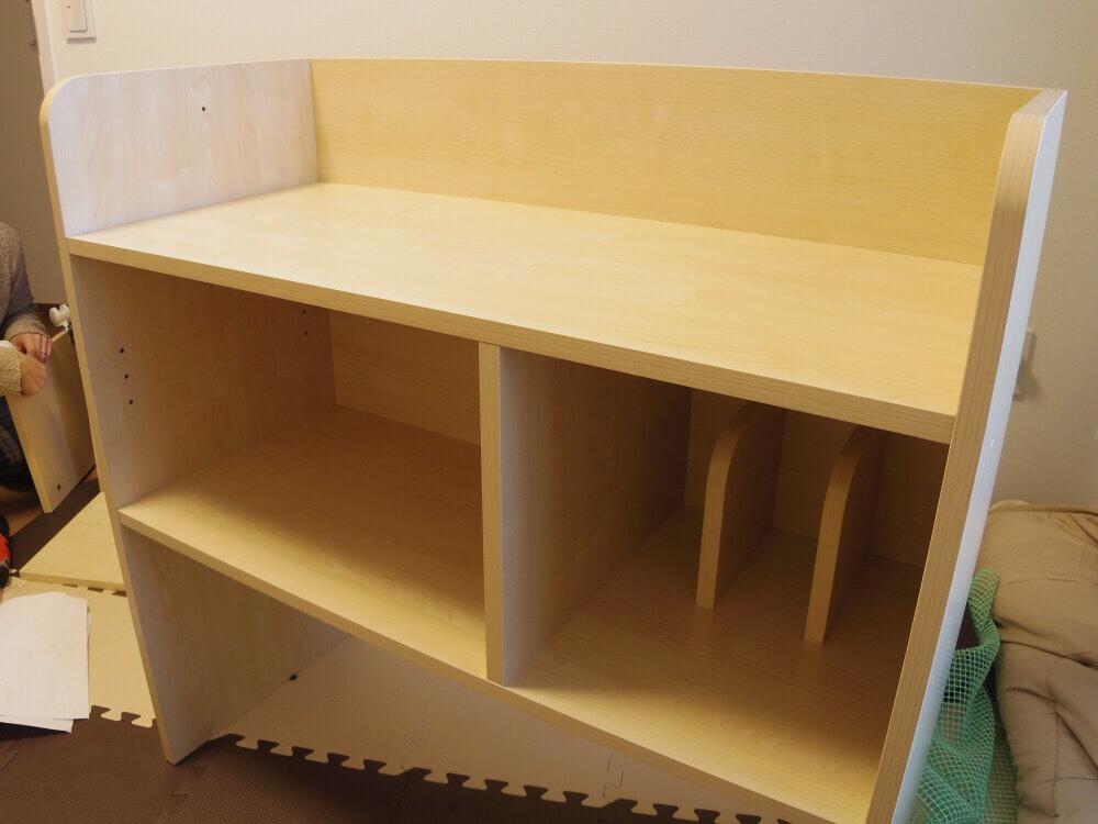 LOWYAで買った収納できるタイプの学習机、棚が完成